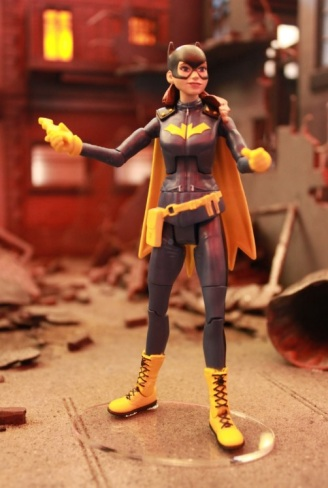 batgirl-action-figure-01